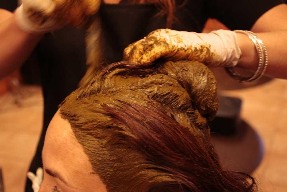 جنا گذاشتن به موی سر