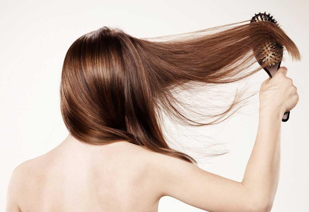 شانه و برس کردن موها