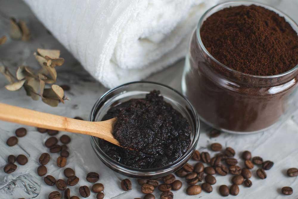 قهوه برای رنگ کردن مو