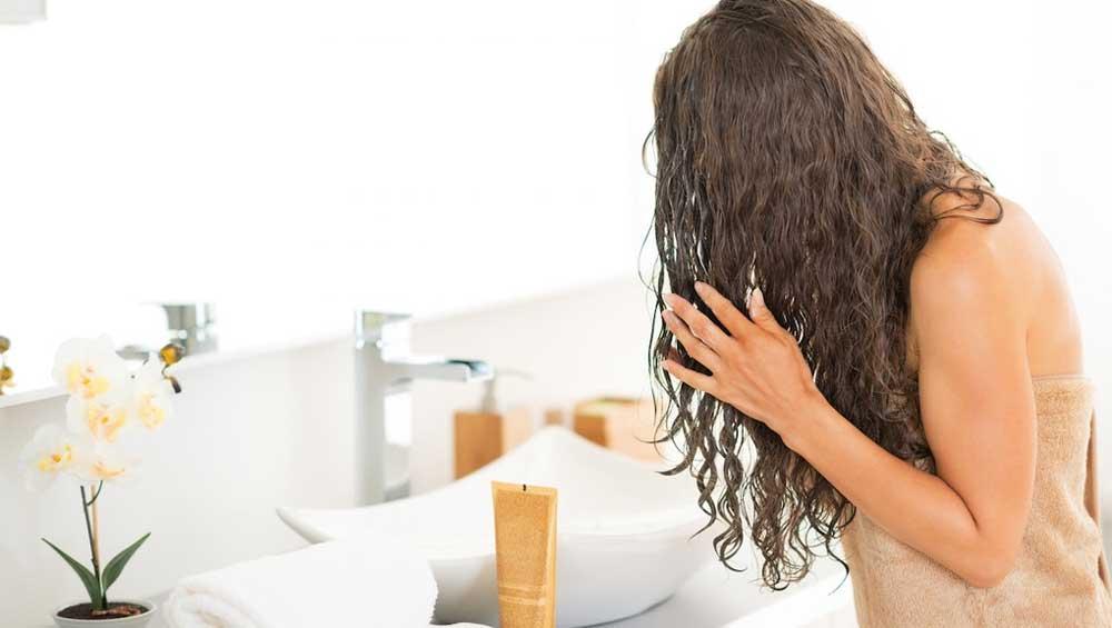 موهای خیس قبل از خواب