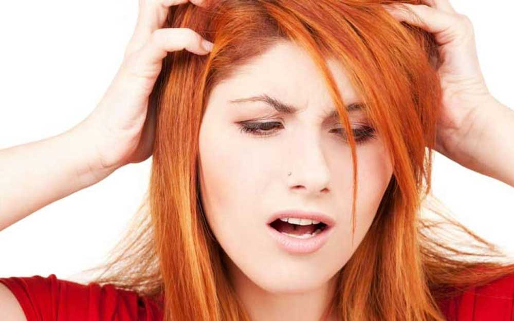 علائم حساسیت به رنگ مو
