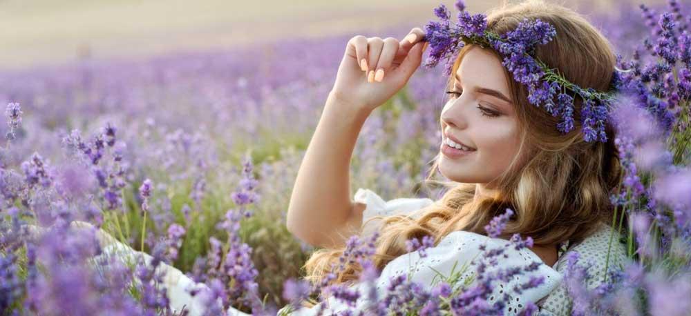 مزایای روغن اسطوخودوس برای مو