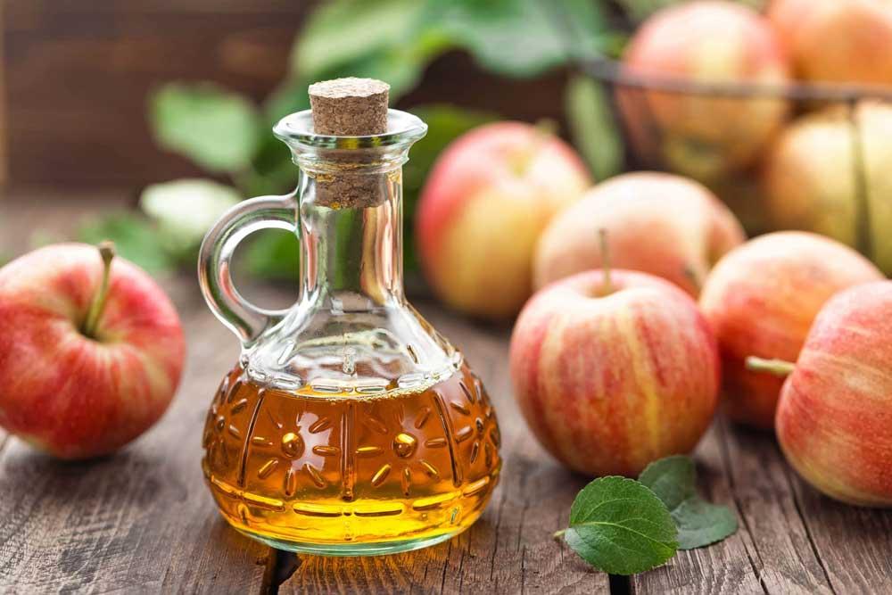 سرکه سیب برای رفع خشکی پوست سر