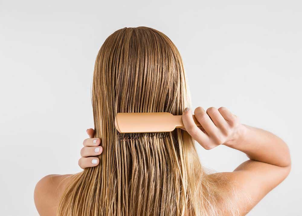 شانه نکردن موهای خیس