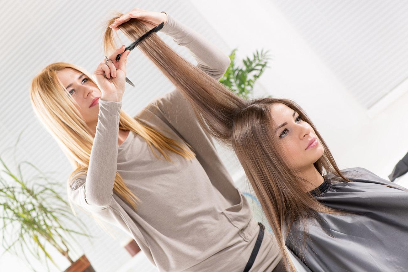 آموزش کراتینه مو در سالن زیبایی