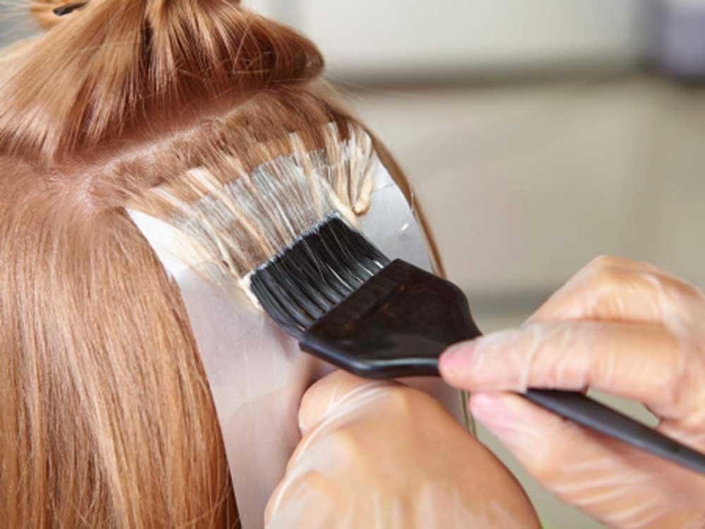کاهش استفاده از مواد شیمیایی روی مو