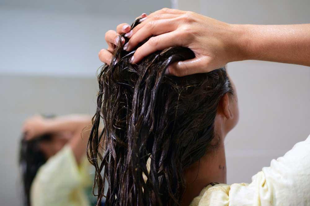 درمان وز مو با روغن گرم