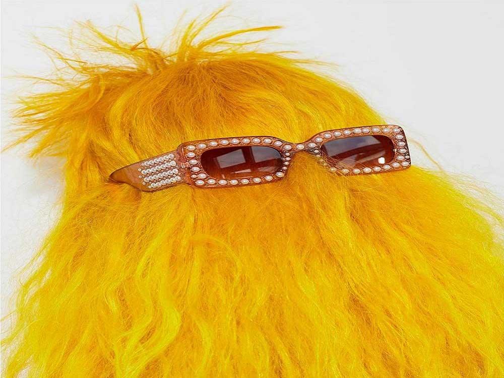 علت زرد شدن موها چیست؟