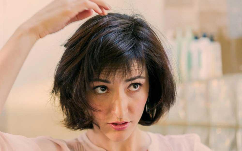 علت ریزش موی ناگهانی در بانوان