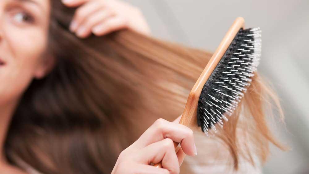 ریزش موی طبیعی در روز