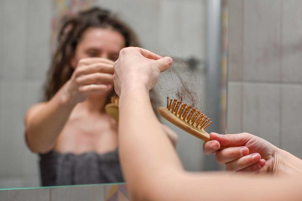 میزان ریزش موی طبیعی
